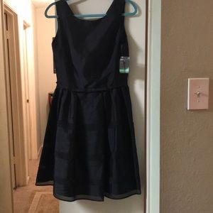 NWT Taylor cocktail dress